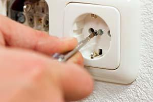 התקנת שקע חשמל